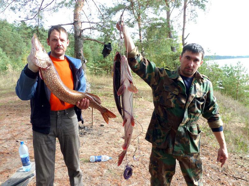Происходит открытие рыбного сезона на